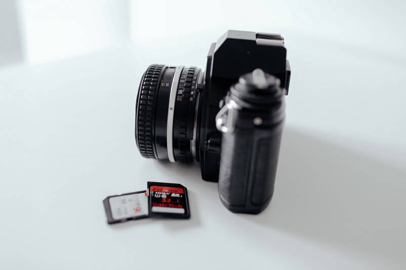 Camera with extra SD memory cards